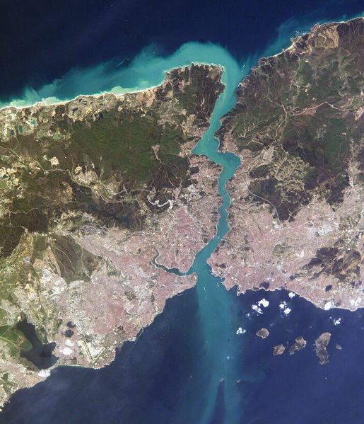 515pxIstambul_and_Bosporus_big